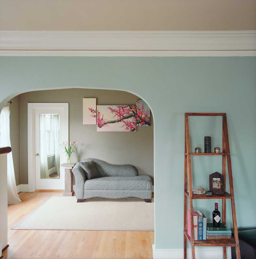 Beachy Sand And Surf Tones Create Naturally Soothing Harmony In These Rooms Cleanly Accented By